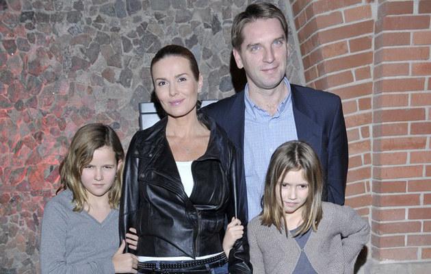 Hanna Lis z mężem i córkami, fot.Jacek Kurnikowski  /AKPA
