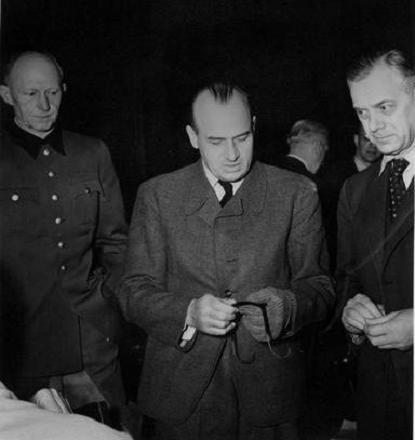 Hans Frank /Odkrywca