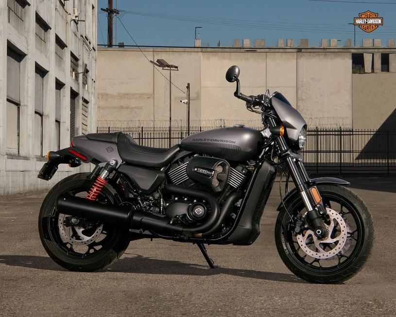 Harley Davidson Street Rod 750 /