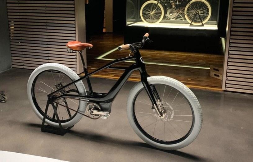 Harleya-Davidson Serial 1 /materiały prasowe