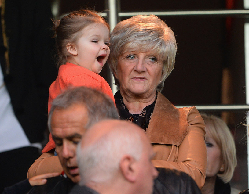 Harper Beckham z babcią /Michael Regan /Getty Images