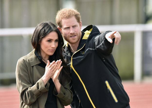 Harry i Meghan są nieco naiwni licząc na to, że z dnia na dzień zmienią monarchię – ocenił brytyjski ekspert /Neil Munns /PAP/EPA