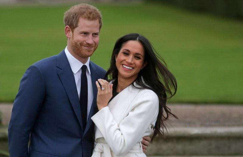 Harry i Meghan w dniu zaręczyn /East News