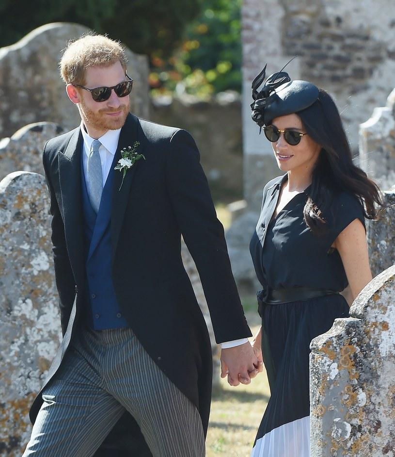 Harry i Meghan w drodze na ślub /Agencja FORUM