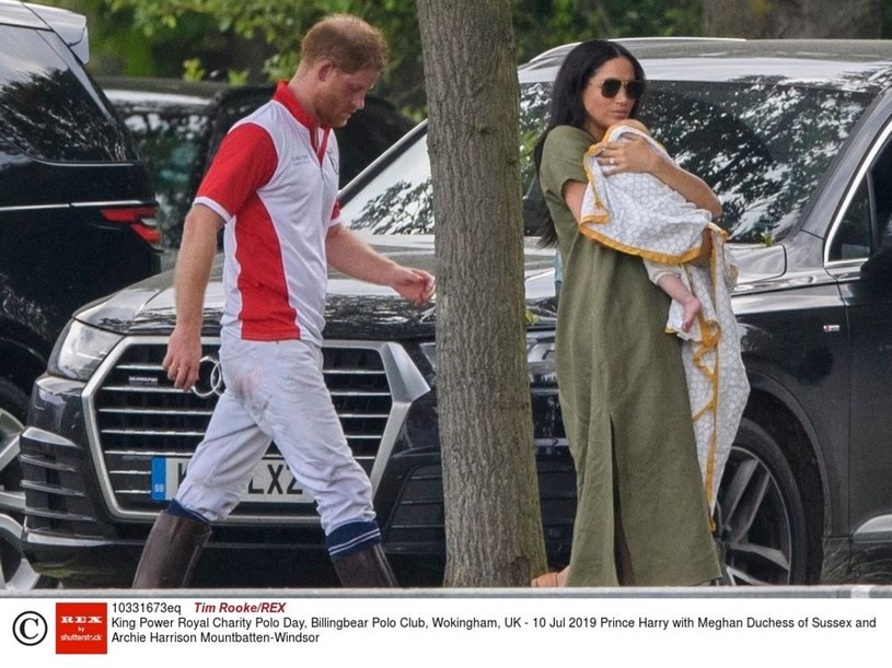 Harry i Meghan z synem /Tim Rooke/REX/Shutterstock /East News