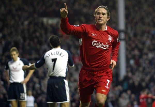 Harry Kewell strzelił fantastyczną bramkę w meczu z Tottenhamem /AFP