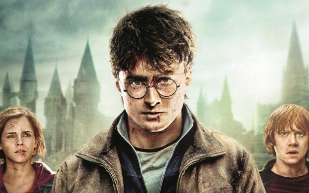 Harry Potter i Insygnia Śmierci, część 2 - fragment okładki /Informacja prasowa