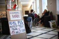Hartwich: Być może przez alarm wyprowadzi się nas z Sejmu