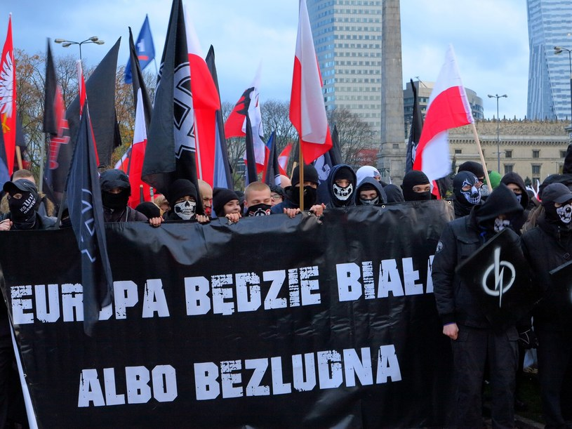 Hasło z tegorocznego Marszu Niepodległości /Marek Szymański /Reporter