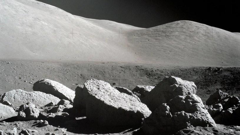 Hel-3 w próbkach chińskich skał z Księżyca. Chiny zbudują potężne reaktory termojądrowe /Geekweek