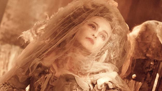 Helena Bonham Carter jako pani Havisham /materiały dystrybutora