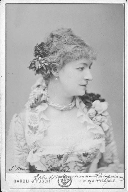 Helena Modrzejewska na fotografii portretowej (zdjęcie wykonane po 1870 r.) /Z archiwum Narodowego Archiwum Cyfrowego