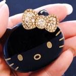 Hello Kitty z kryształkami Swarovskiego