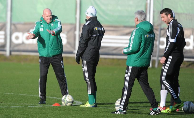 Henning Berg i piłkarze Legii na treningu /Bartłomiej Zborowski /PAP