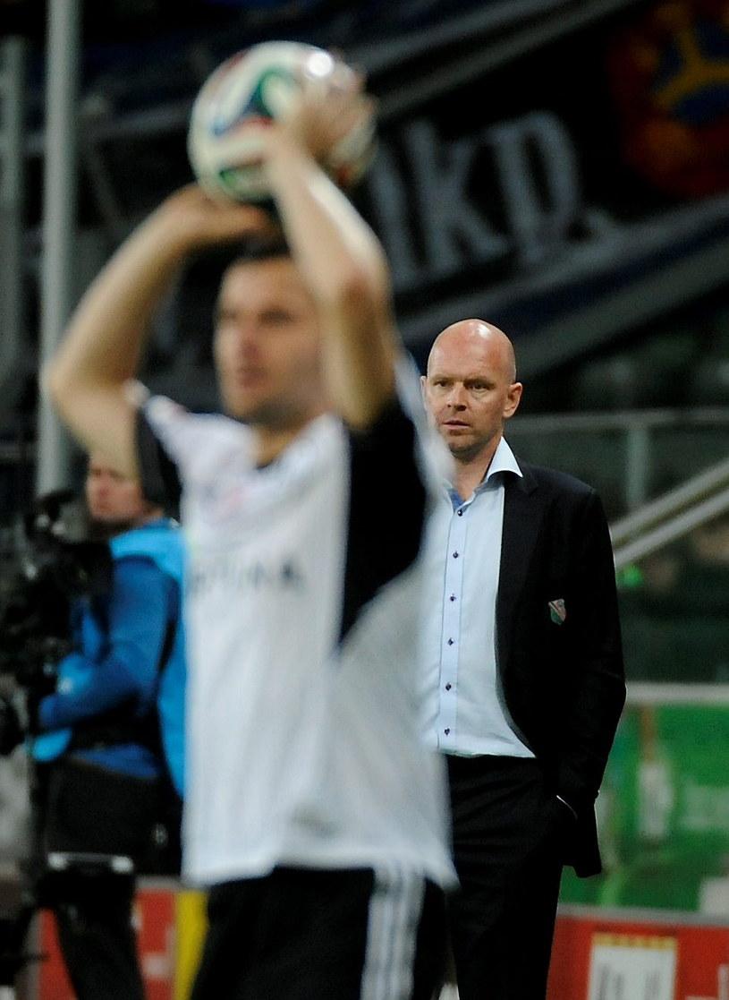 Henning Berg podczas meczu z Lechem Poznań /Bartłomiej Zborowski /PAP