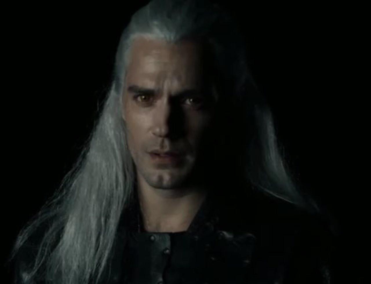 Henry Cavill w roli Geralta. Aktor opublikował pierwsze wideo z serialu Wiedźmin!
