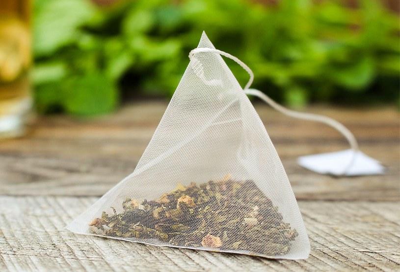 Herbata działa antybakteryjnie /©123RF/PICSEL