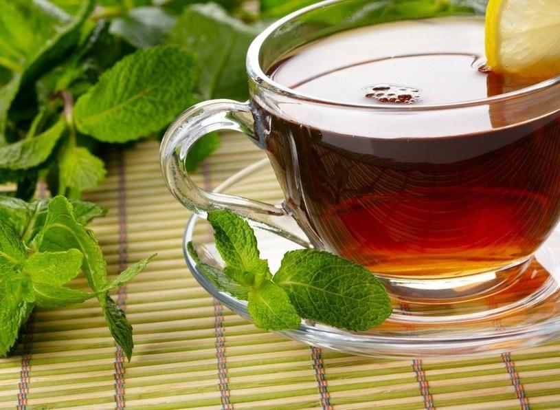 Herbata jest skutecznym środkiem na odchudzanie /123RF/PICSEL