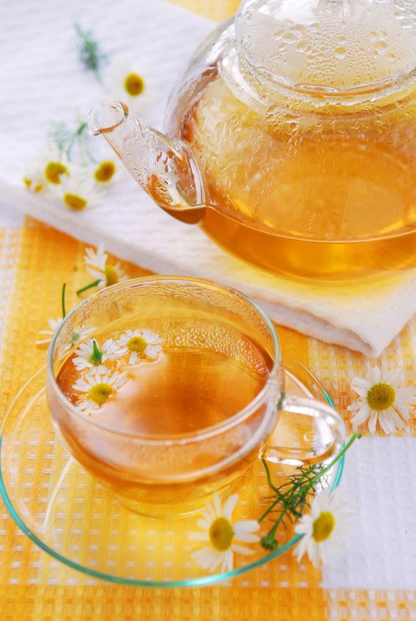 herbata rumiankowa na trądzik /© Photogenica