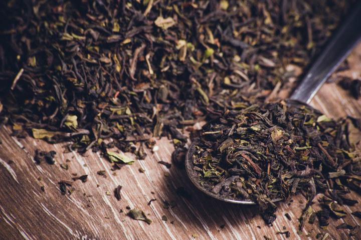 herbata sprzątanie /© Photogenica