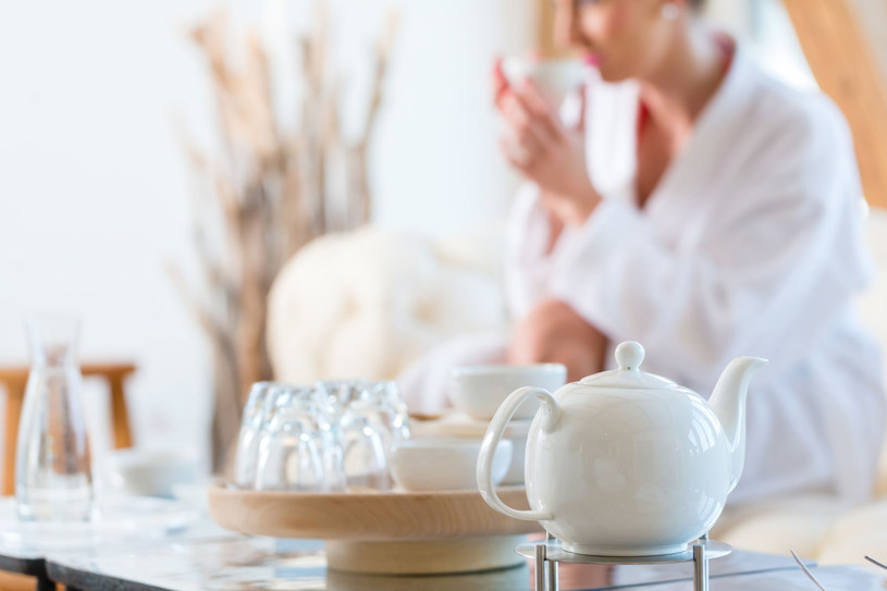 Herbata to napój i... kosmetyk /123RF/PICSEL