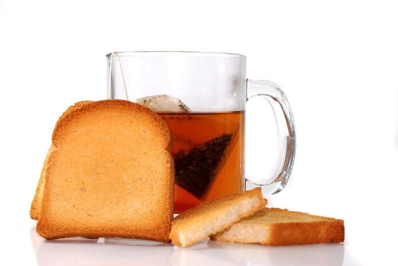 Herbata z ciastem nie służy nerwom  /© Panthermedia