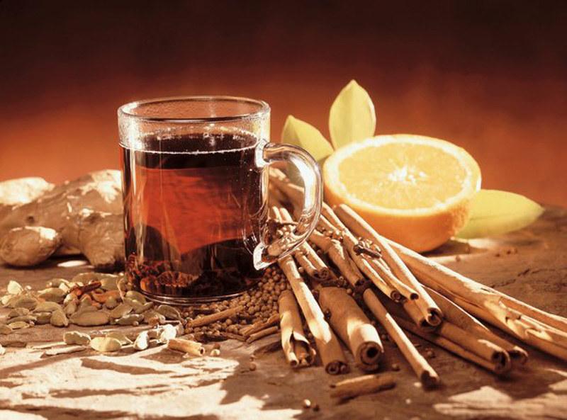 herbata z cynamonem /© Photogenica