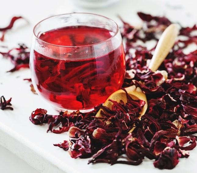 Herbata z hibiskusa /©123RF/PICSEL