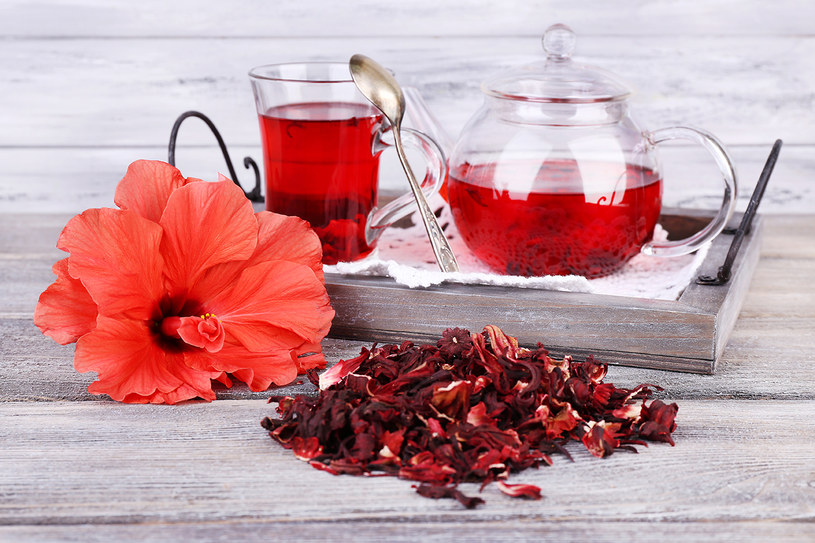 herbata z hibiskusa /© Photogenica