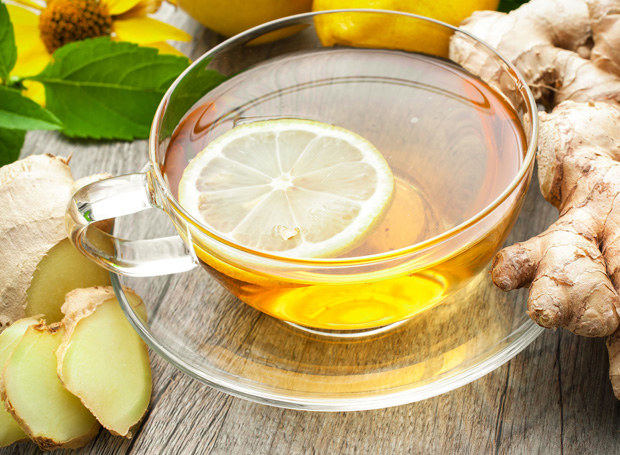 Herbata z imbirem chroni przed przeziębieniem /123RF/PICSEL