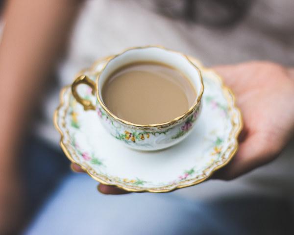 herbata z imbirem i kardamonem /© Photogenica