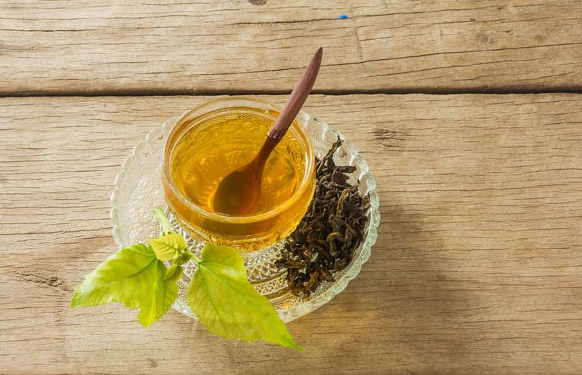Herbata z morwy białej. /©123RF/PICSEL