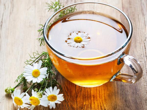 herbata z rumianku /© Photogenica