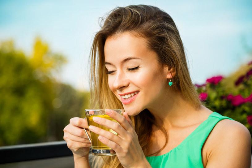 Herbatka na pobudzenie /©123RF/PICSEL