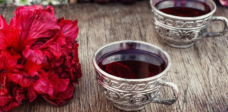 herbatka z hibiskusa /© Photogenica