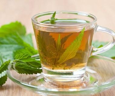 Herbatki ziołowe i półkąpiele na różne dolegliwości