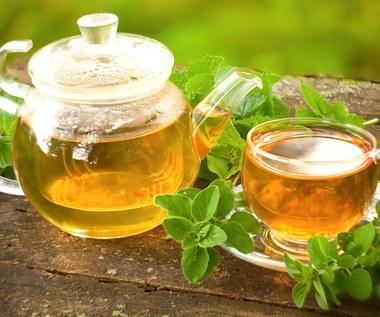 Herbatki ziołowe zbijające cholesterol