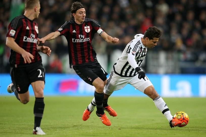 Hernanes, piłkarz Juventusu (z prawej) /AFP