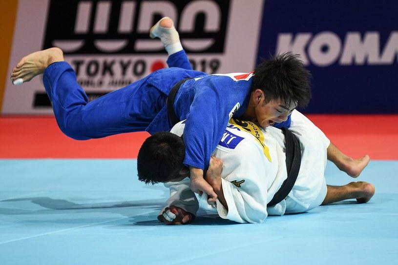 Hifumi Abe (niebieski strój) i Joshiro Maruyama /AFP