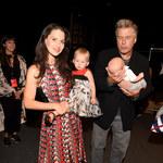 Hilaria i Alec Baldwin z dziećmi na pokazie mody!