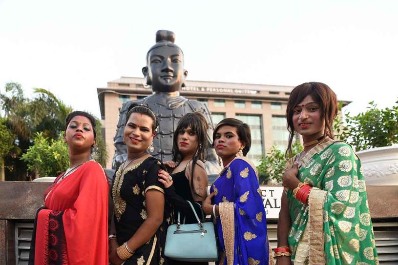 Hinduscy hidźrowie głęboko wierzą w hinduski panteon i jako jedyni mogą odprawiać niektóre szczególne rytuały /Getty Images