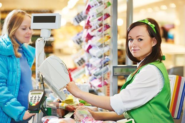 Hipermarkety będą rozdawać zywność? /©123RF/PICSEL