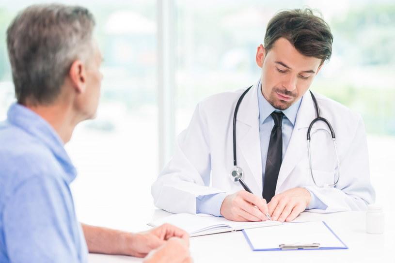 Historia leczenia, wypisane recepty: w Internetowym Koncie Pacjenta znajdziemy szereg praktycznych informacji związanych z wizytą u lekarza /123RF/PICSEL