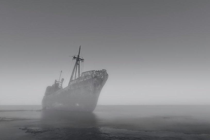 Historia żeglugi zna mnóstwo opowieści o statkach widmo /123RF/PICSEL