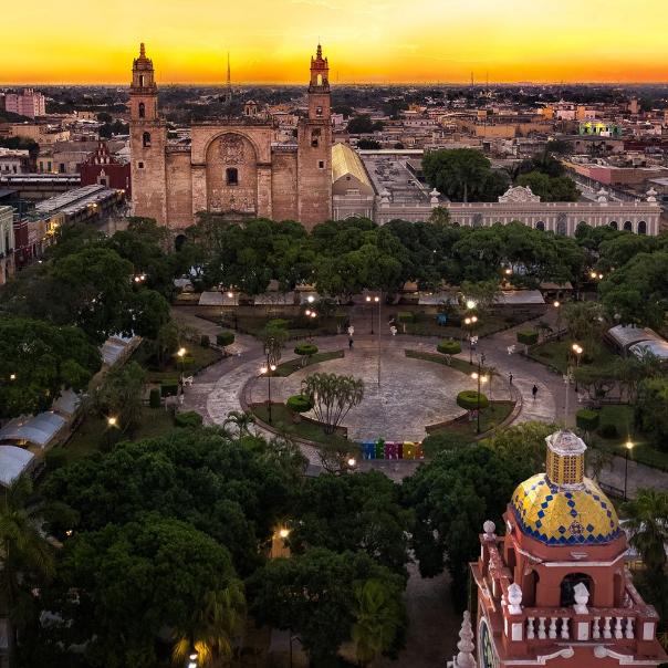 Historyczna dzielnica Mexico City zapewnia wiele wrażeń /materiały prasowe