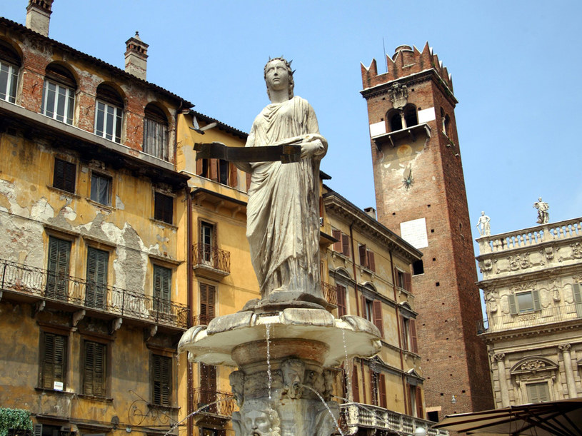 Historyczne centrum Werony jest niezwykle atrakcyjne dla turystów  /© Bauer