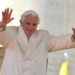 Historyczny dzień w Watykanie: Wszystko toczy się normalnym rytmem