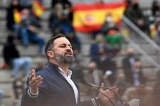 Hiszpania: Protesty przeciwko prawicowej partii Vox. Ranni policjanci
