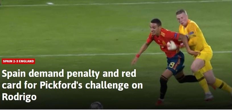 Hiszpanie domagali się karnego za ten faul Pickforda /