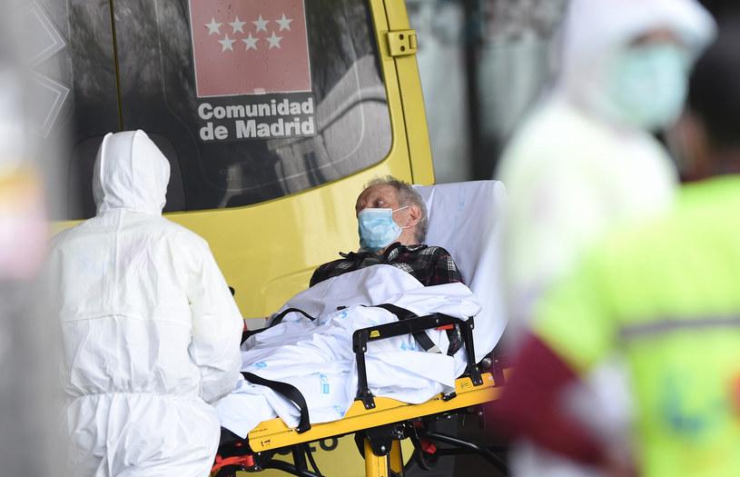 Hiszpańscy lekarze: Koronawirus może bezobjawowo uszkodzić płuca /Denis Doyle /Getty Images
